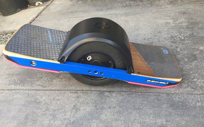 Electric Skateboard rental in Alhambra