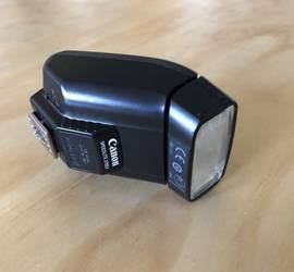 Canon Speedlite 270EX Flash for Canon SLR Cameras w/ cord