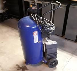 20 Gallon Air Compressor