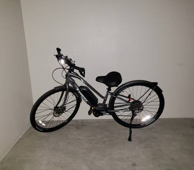 Trek electric pedal assist bike