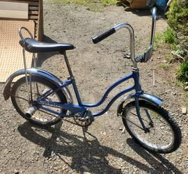 antique schwinn girls bike
