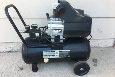 Central Pneumatic portable air compressor