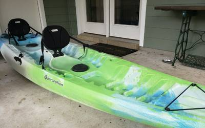 Tandem kayak with child seat