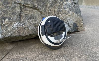 Electric unicycle rental in Seattle
