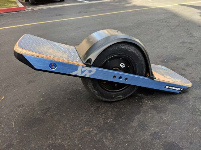 Onewheel + XR with fender and fangs