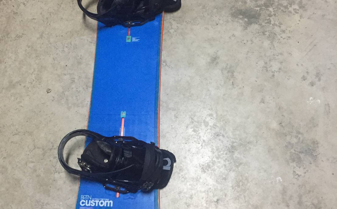Burton Custom Flying V for rent and for sale