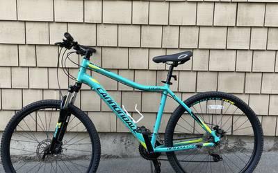 Sports gear rental in Seattle