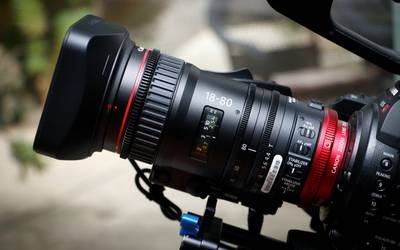 Lens rental in Huntington Beach