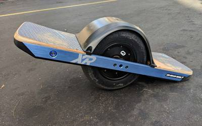 Electric skateboard rental in Dana Point