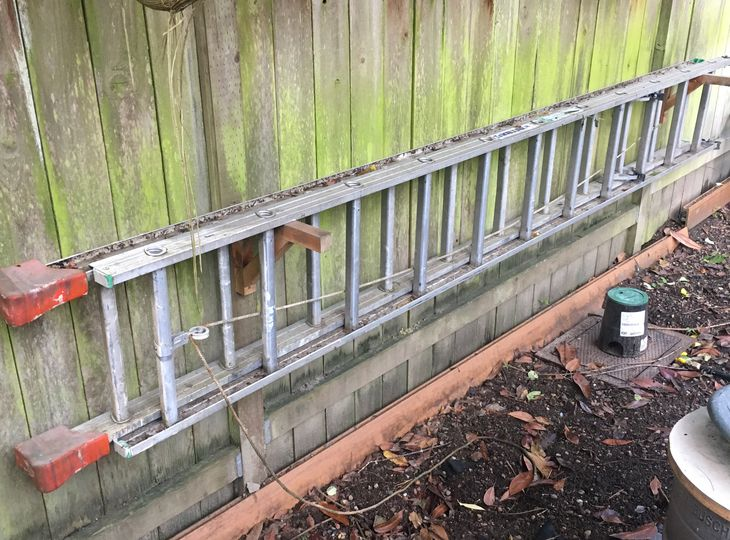 20 foot metal ladder