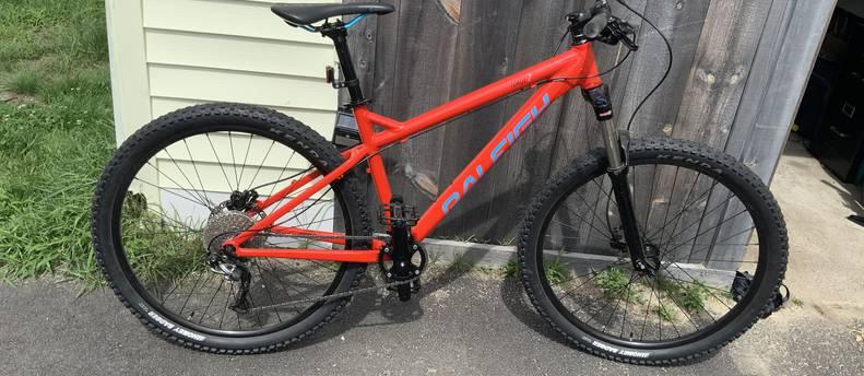 Raleigh Tokul 2, mountain bike, 8 speed, 120mm shocks