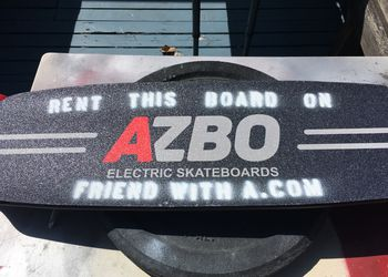 AZBO electric skateboard - 19mile range, 25mph (& protective gear)