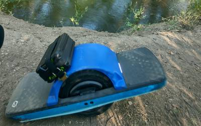 Electric skateboard rental in Loveland