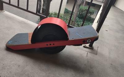 Electric Skateboard rental in Los Angeles