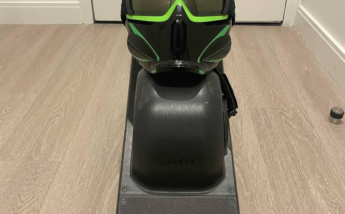 One Wheel Pint (Optional Ruroc RG1-DX full face helmet)
