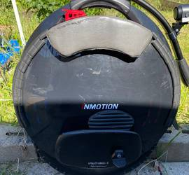 Inmotion V10F 2000W Electric Unicycle
