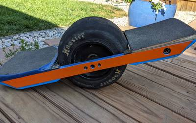 Onewheel XR with Kush Hi, Bang Bumpers, and Hoosier Whisper