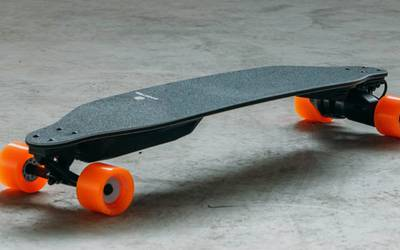 Boosted Electric Skateboard rental in Seattle