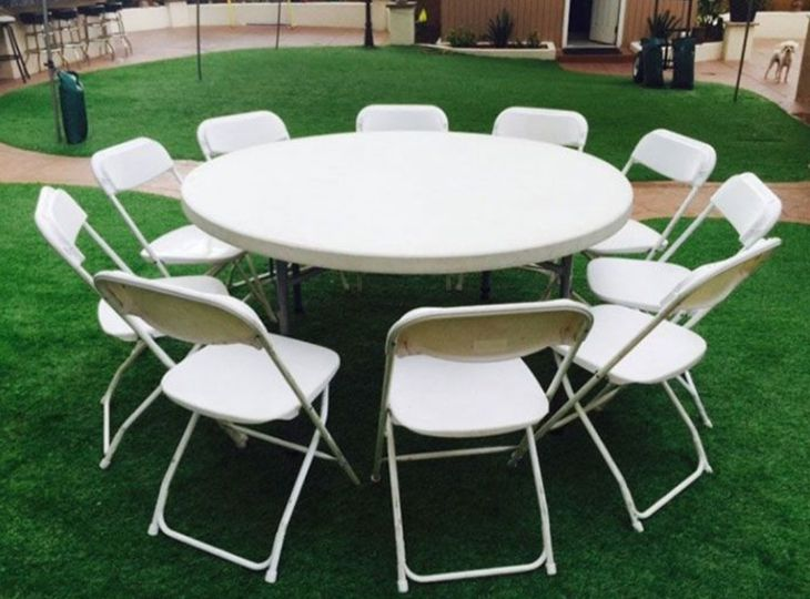 "Round bouquet tables 60"" wide"