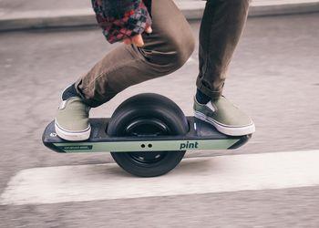 Electric skateboard rental in North Bend
