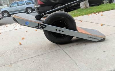 Electric skateboard rental in Long Beach